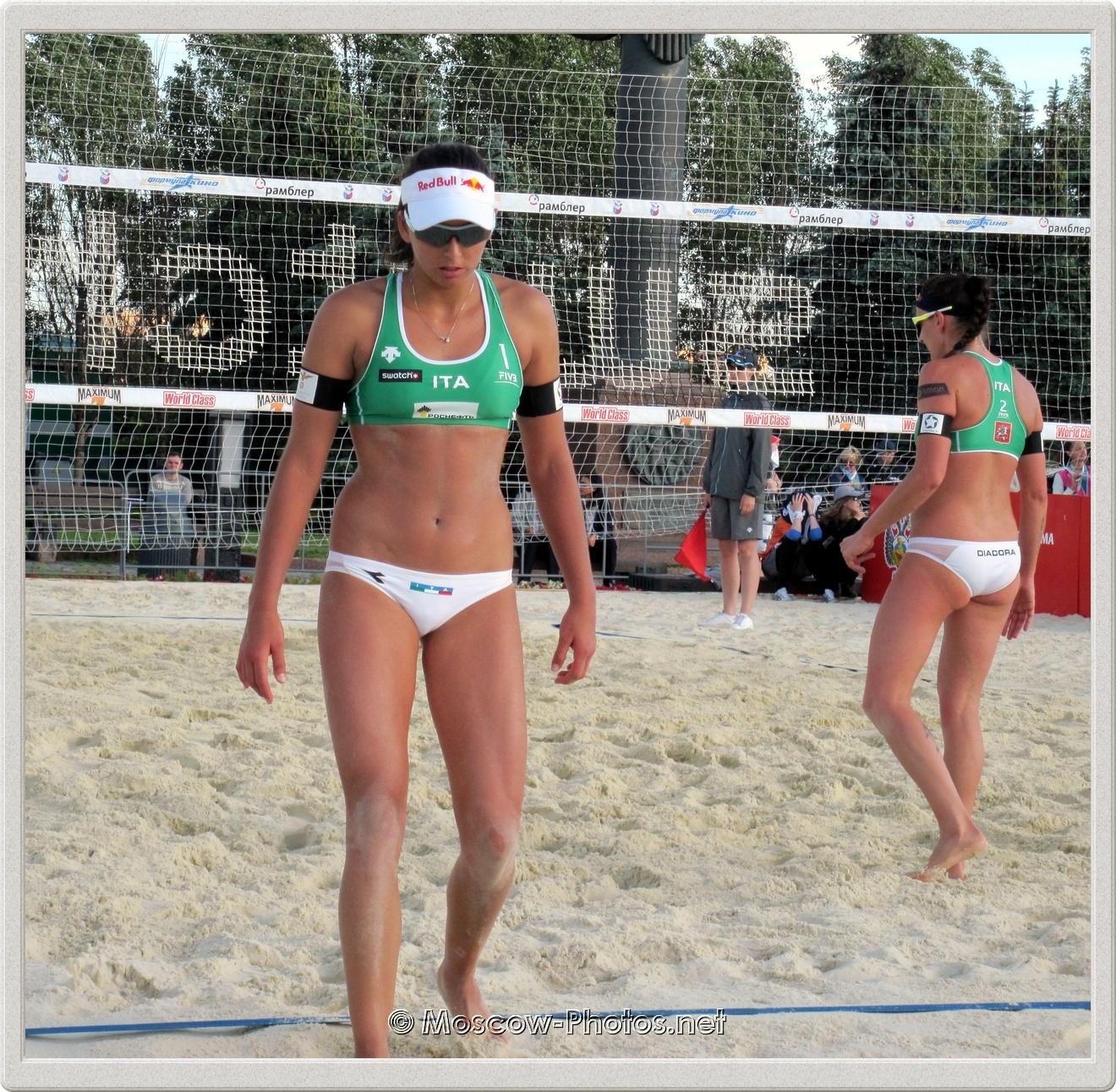 Italian Team - Marta Menegatti & Greta Cicolari in Moscow