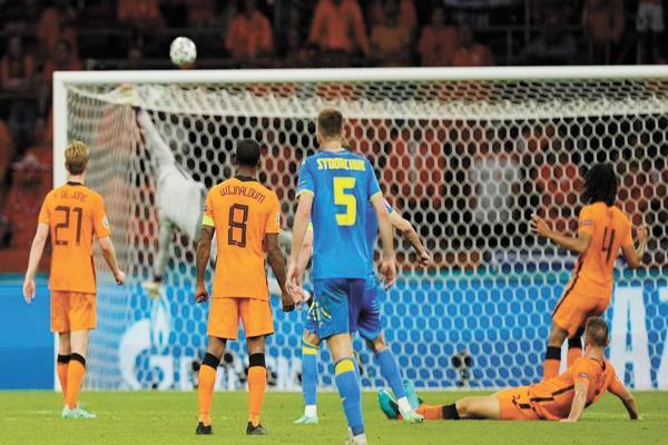 تعرف على موعد مباراة هولندا ضد النمسا والقنوات الناقلة لها