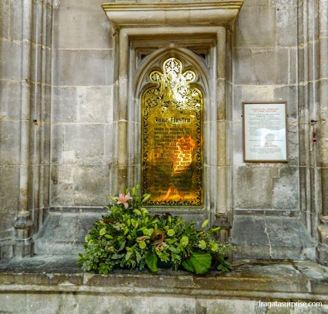 Túmulo de Jane Austen, na Catedral de Winchester