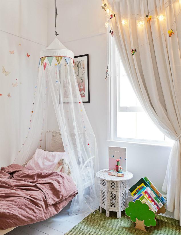 De lunares y naranjas maternidad 6 ideas para decorar tu cama extensible minnen de ikea - Dosel para cama nina ...