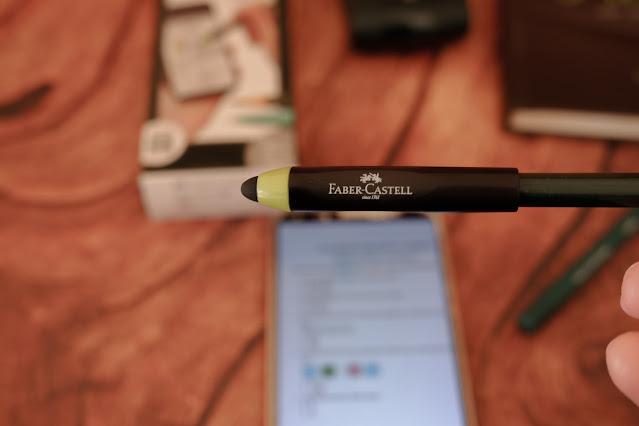 stylus faber castell lembut dan mudah digunakan
