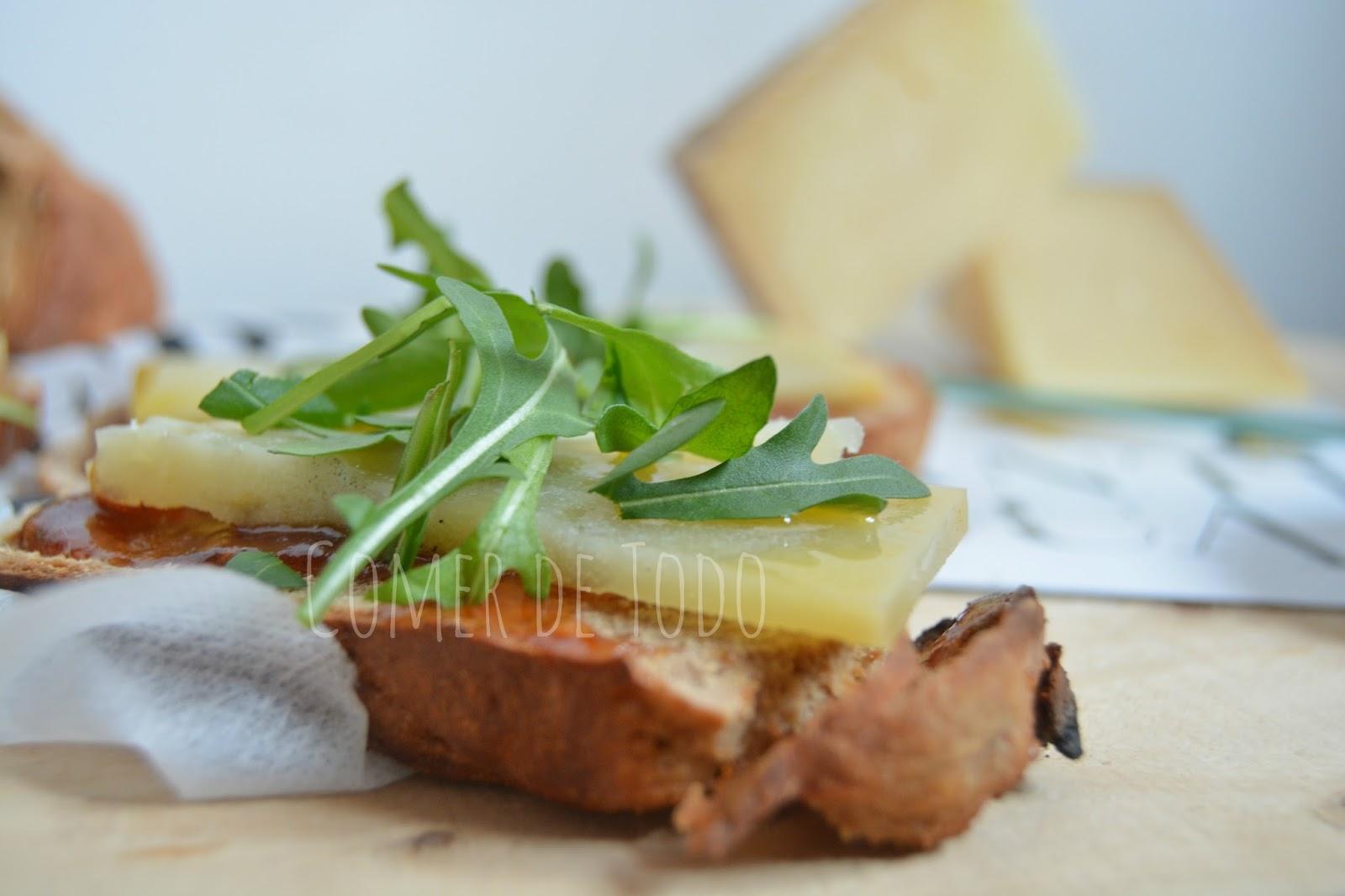 Comer De Todo: Tostas con queso añejo Vellón de Fuentesaúco