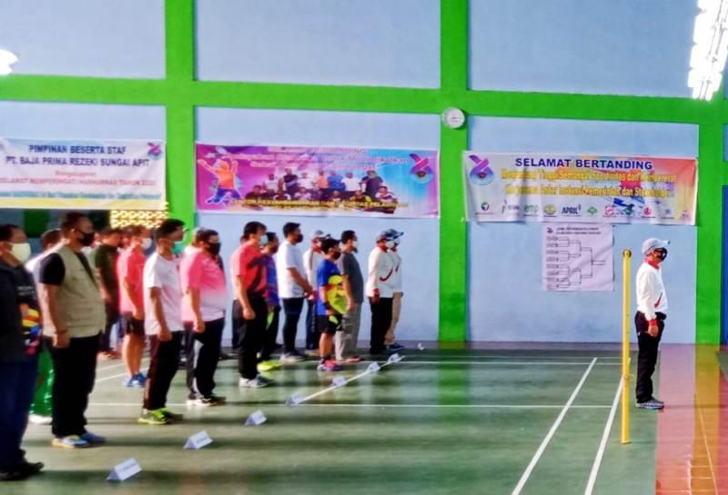 Capt. M. Hafiz Daulay, M.Mar. saat menjadi komandan upacara pembukaan turnamen badminton di GOR Garuda 99, Senin, 14 September 2020.