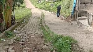 Kondisi Jalan Pagar Puding Lamo Rusa Parah