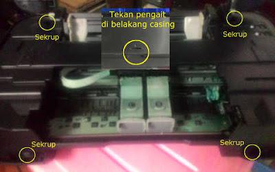 Melepas casing cara mengatasi printer canon IP2770 lampu kuning berkedip 3x