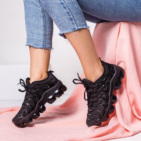 Pantofi sport dama negri fashion cu model de talpa masiva