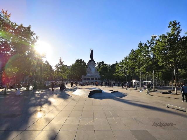 Skate spot République