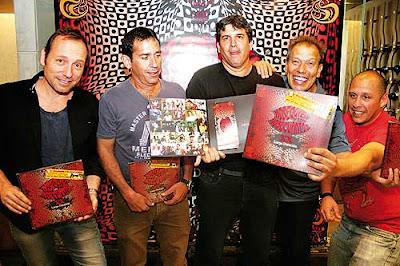Foto de Los Nosequien y los Nosecuantos mostrando su disco
