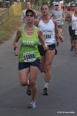 Laura McDermott, Amanda Sava