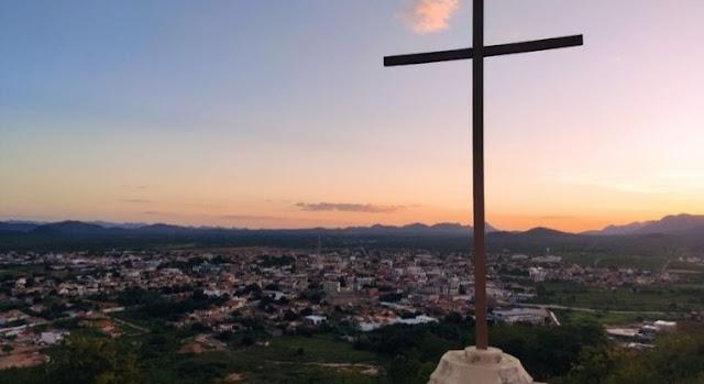 Catolé do Rocha confirma 10 novos casos de Covid-19 em 24h e número de contaminados chega a 118