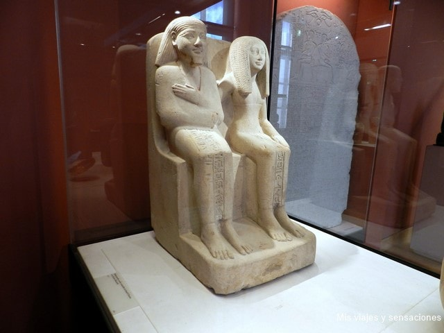 Escriba contador, Museo del Louvre, París