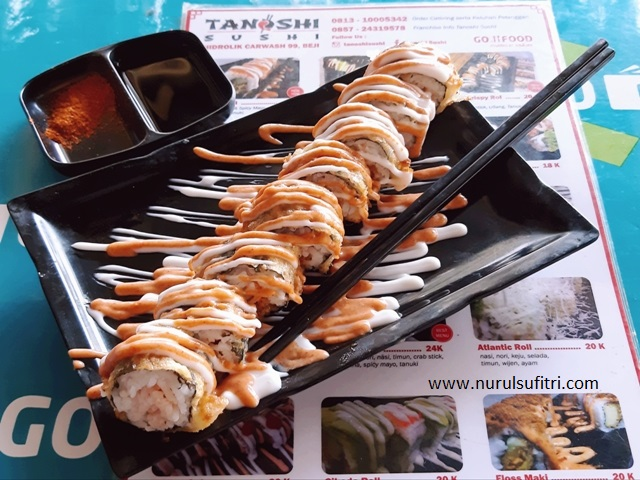 sejarah kuliner tanoshi sushi makanan jepang murah meriah bisa dipesan via go food nurul sufitri review travel lifestyle blogger