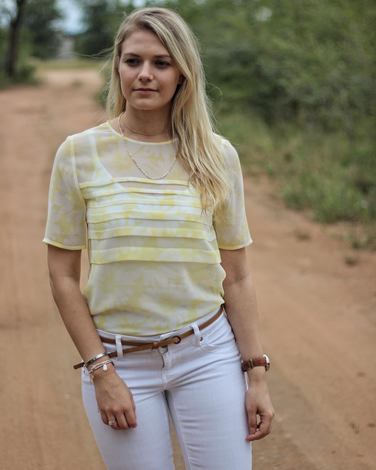 perfect yellow top fashion fundi
