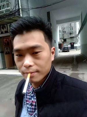 江西抚州民主人士杨霆剑(实名:杨微)刑满出狱(图)