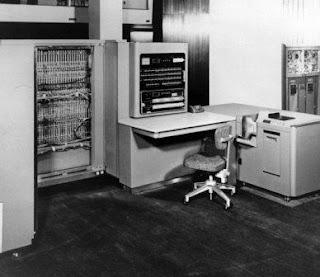 IBM 701 sejarah komputer