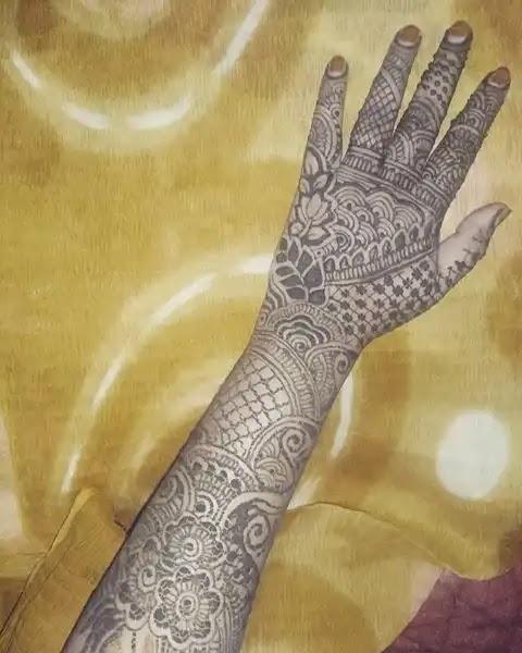 leaf-patterns-full-hand-henna-arts