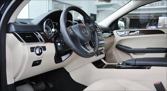 Nội thất Mercedes GLE 400 4MATIC Coupe 2019 thiết kế sang trọng và lịch lãm