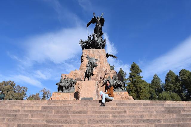 estatua de bronze do general martin