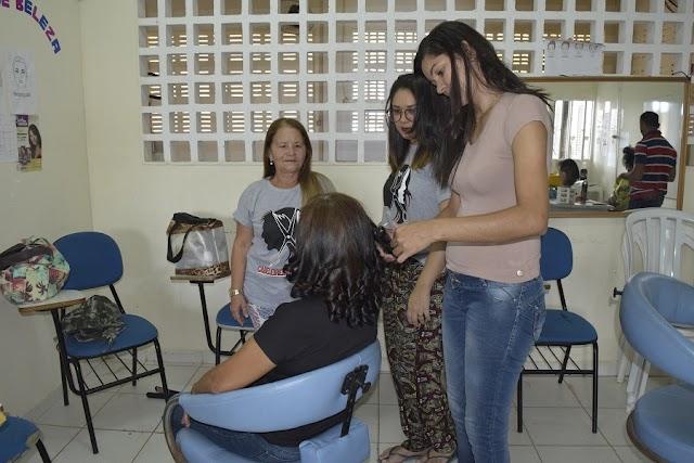 CURSOS DE QUALIFICAÇÃO DA PREFEITURA ATENDEM A 5 MIL PESSOAS