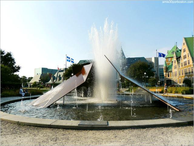 Fuente Éclatement II de Charles Daudelin en la Ciudad de Quebec