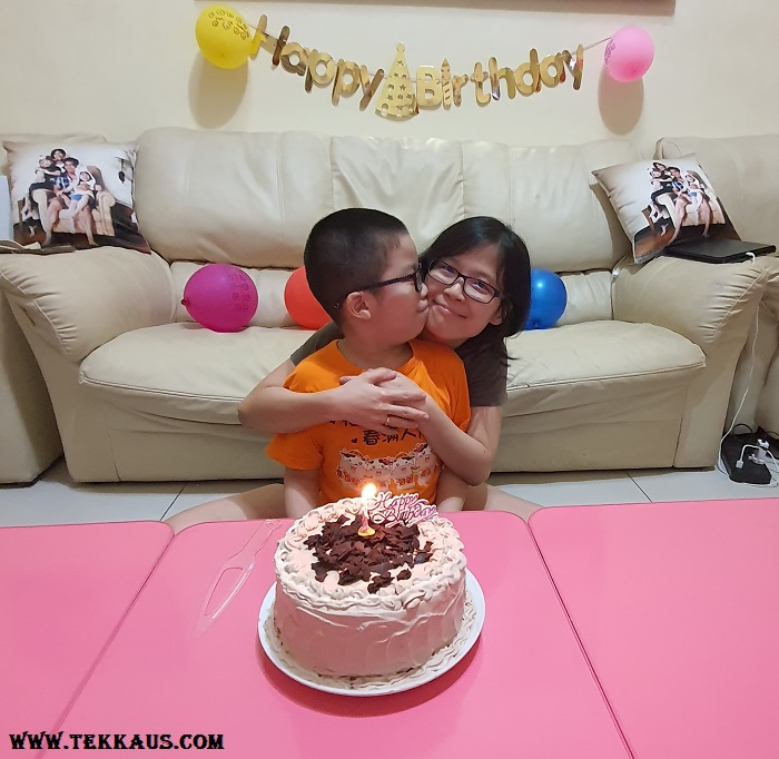 Celebrate Birthday with mother