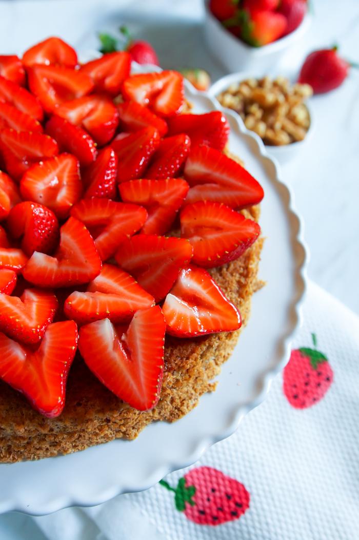 walnut and strawberry torte
