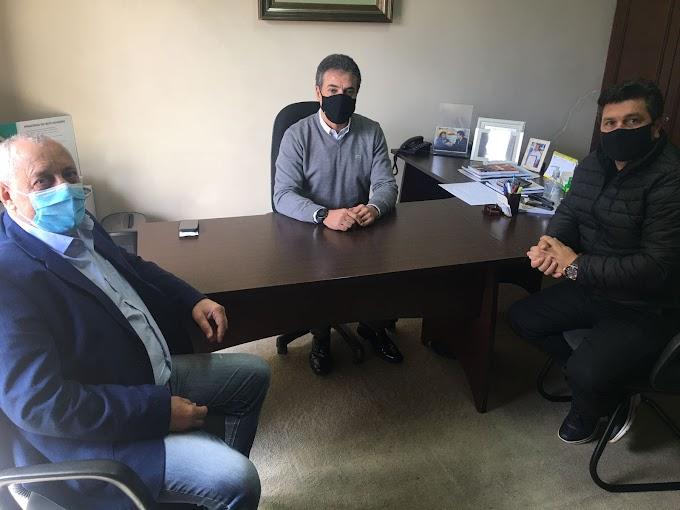 Claudinei Oliboni e Luiz Tieppo se encontram com o ex-governador Beto Richa