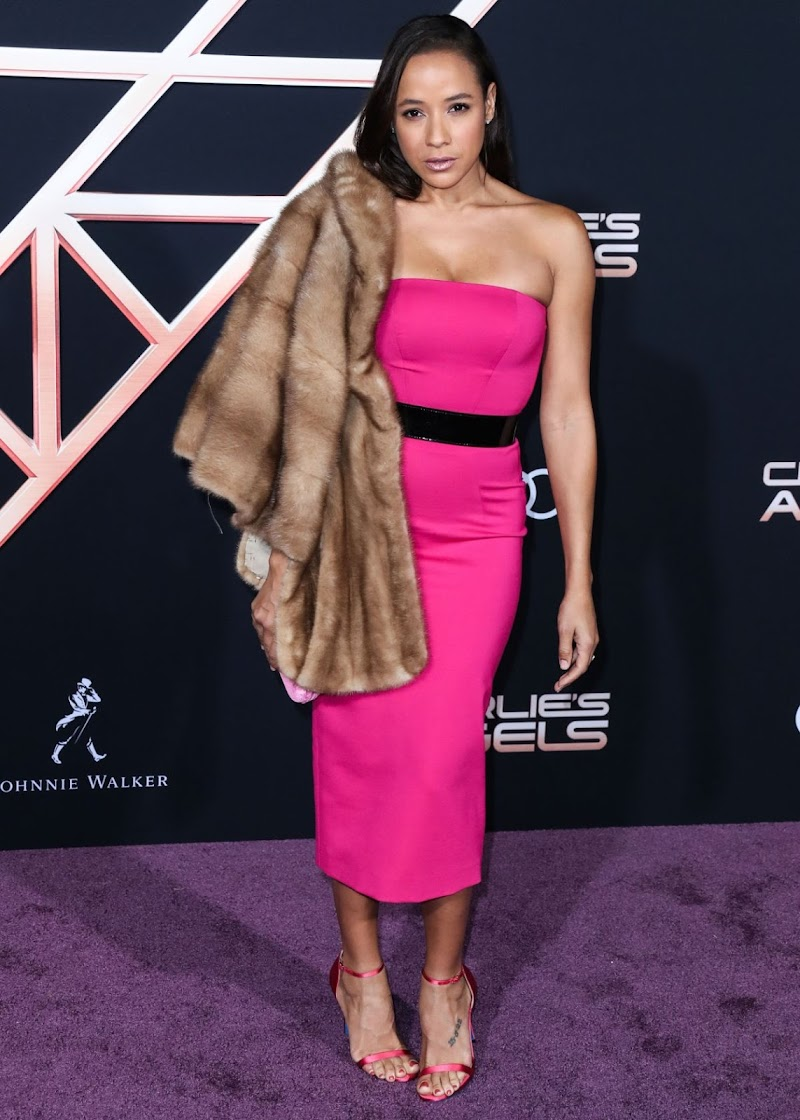 Dania Ramirez Clicks at Charlie's Angels Premiere in Los Angeles 11 Nov-2019