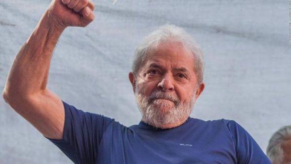 Justicia de Brasil absuelve a Lula de un cargo en su contra