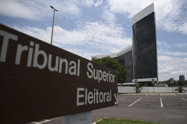 Por 4×3, TSE permite assinatura eletrônica em criação de partido de Bolsonaro para 2022