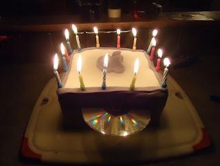 kue ulang tahun mac mini