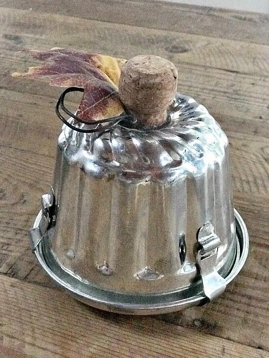 vintage bakeware pumpkin