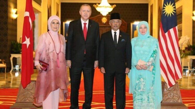 Bahas Soal Palestina, Erdogan Temui Raja Malaysia Dan Emir Qatar