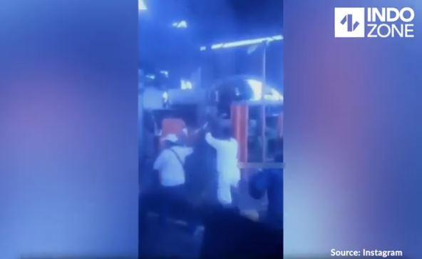 Video Viral, Rombongan Pengantar Jenazah Memaksa Masuk Tol Dan Merusak Pintu Tol Rusaki
