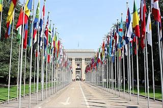 193ed26aa5c35c9d05d2 Cột cờ inox 304 cao 9m 10 m 11m 12m, cổng xếp inox 304 , cổng xếp sắt không ray kéo tay