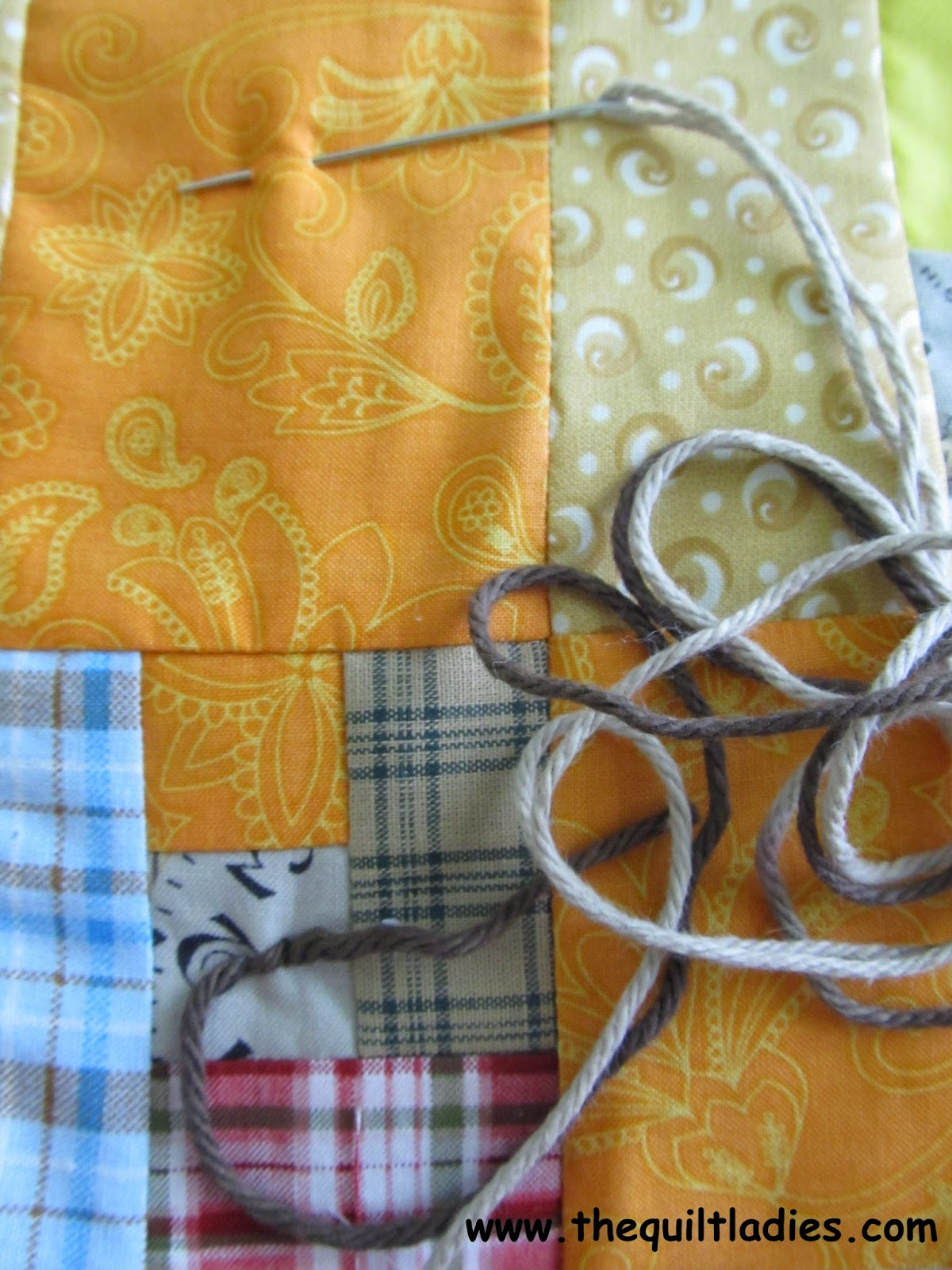 Tutorial on how to tie a quilt