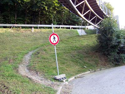 Traunstein Heilig Geist Steg Blokade Brückenfundament