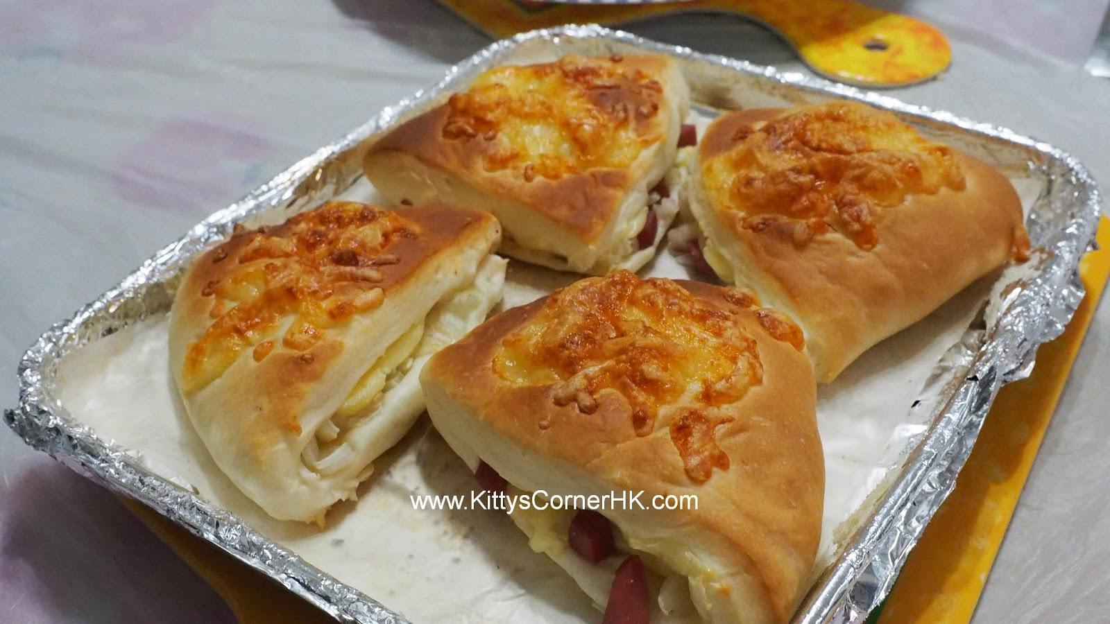 Sausage & Onion Bread 肉腸洋蔥芝士脆脆包 自家烘焙 食譜 home baking recipes