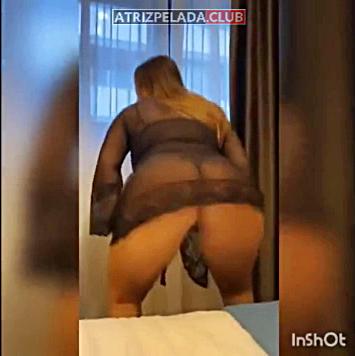 Geisy Arruda rebolando de lingerie no Instagram