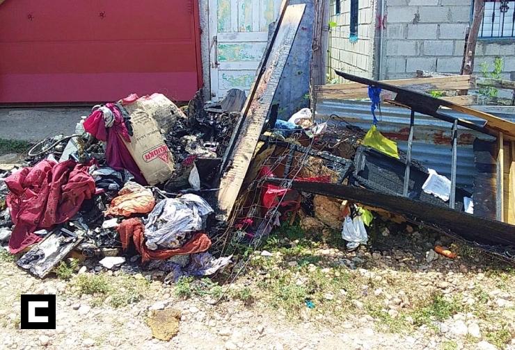 Tragedia tras mujer conectar televisor en Barahona
