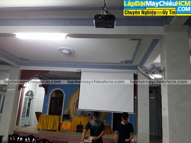Lắp máy chiếu Viewsonic PJD255XV cho nhà chùa tại TpHCM