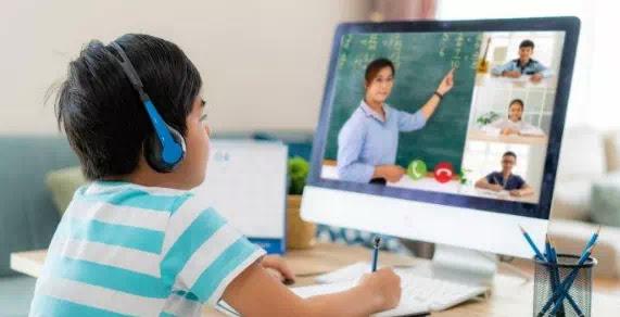 adalah ketika metode interaktif digunakan untuk membantu   siswa belajar lebih efektif de Perbedaan Belajar Aktif dan Pasif