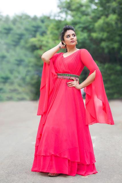 Telugu Film Actress Sreemukhi Latest Photos in Pink Dress | Star Maa Parivaar Championship Actress Trend