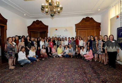 Laumar Soares participa de primeiro encontro com primeiras-damas promovido pela professora Lúcia França