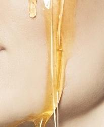 berbagai manfaat madu untuk wajah