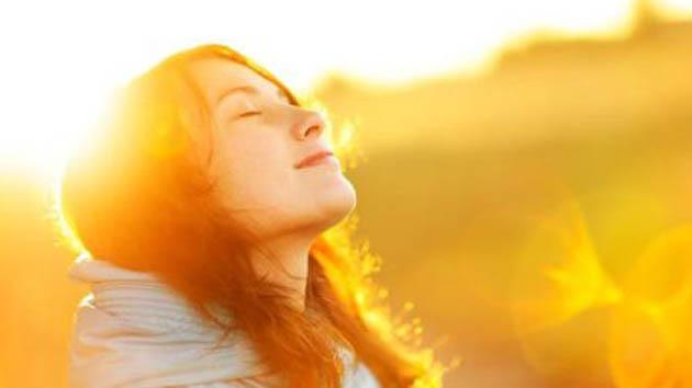 Perlu Diketahui, Inilah Manfaat dan Bahaya Sinar Matahari Untuk Kesehatan