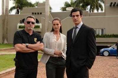 filme nacional brasileiro resenha em nome da lei mateus solano paolla oliveira chico diaz sergio rezende