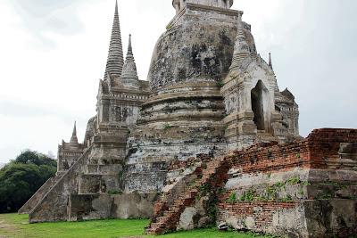 Stupa ou chedi du Wat Phra Si Sanphet