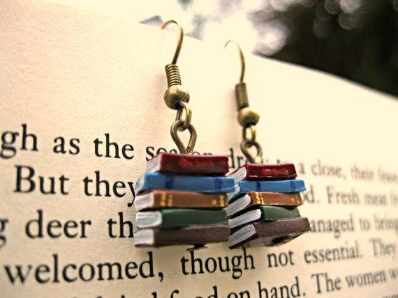 Kolczyki z książkami