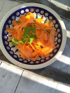 Lekka surówka z marchewki